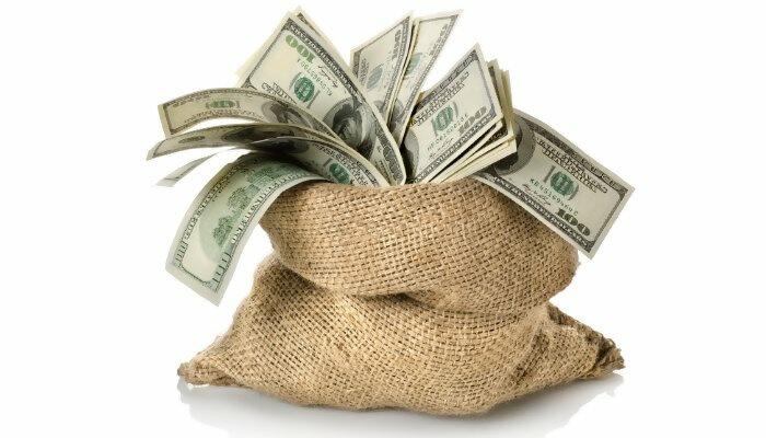 קבלה מיידית של הכסף על העסקאות שנסלקו, בניכוי עמלה או ריבית