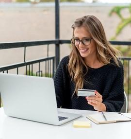 סליקת אשראי ב-max